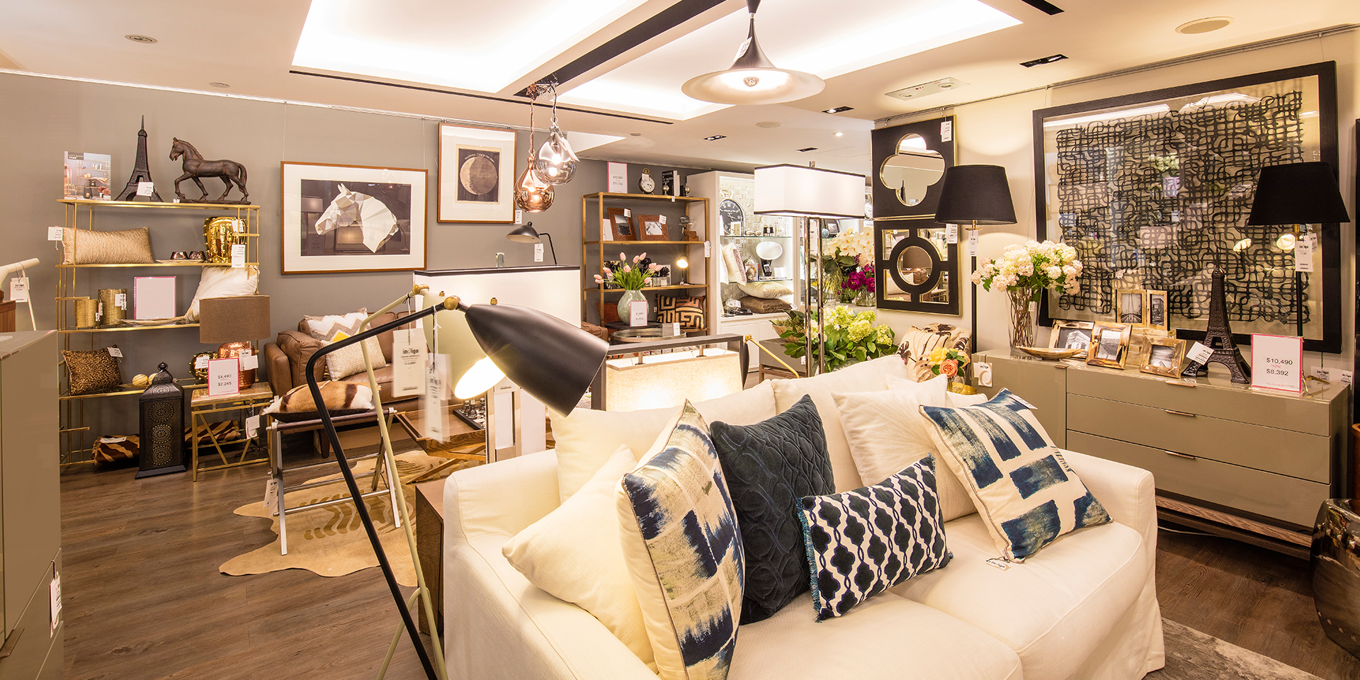 Around The Globe We Go The Top 10 Lighting Stores In Hong Kong 5 Lighting Stores In Hong Kong Around The Globe We Go: The Top 10 Lighting Stores In Hong Kong Around The Globe We Go The Top 10 Lighting Stores In Hong Kong 6