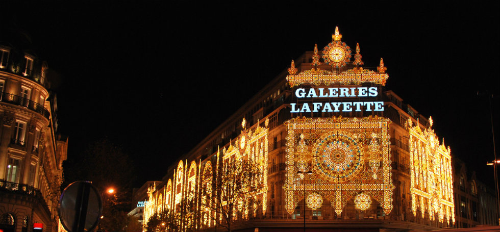 lighting fixture The best lighting fixture stores in Paris galeries lafayette christmas lights