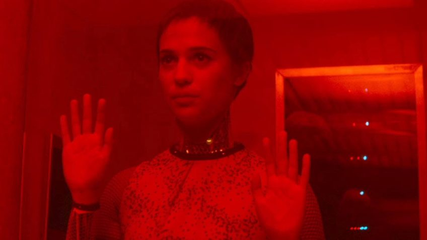 cinematography cinematography Color and light: a hidden role in the cinematography of Ex Machina ex machina ava red e1491412542993