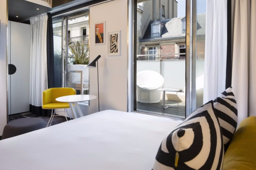Lighting Design: Best 5 Hotels to Stay in Paris during M&O lighting design Lighting Design: Best 5 Hotels to Stay in Paris during M&O Lighting Design Best 5 Hotels to Stay in Paris during MO 2