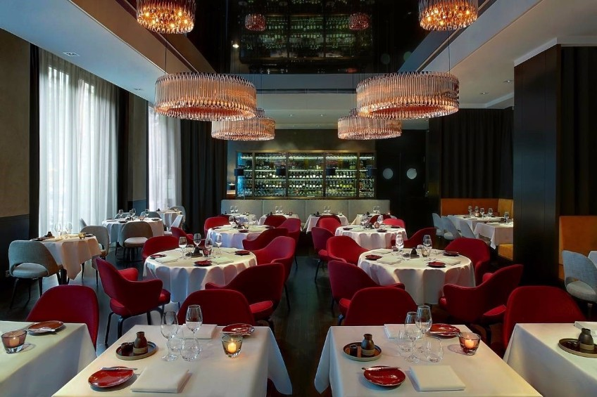Get To Know The Best Restaurants With Mid-Century Modern Lighting Design mid-century modern lighting design Meet The Best Restaurants With Mid-Century Modern Lighting Design Get To Know The Best Restaurants With Mid Century Modern Lighting Design 3