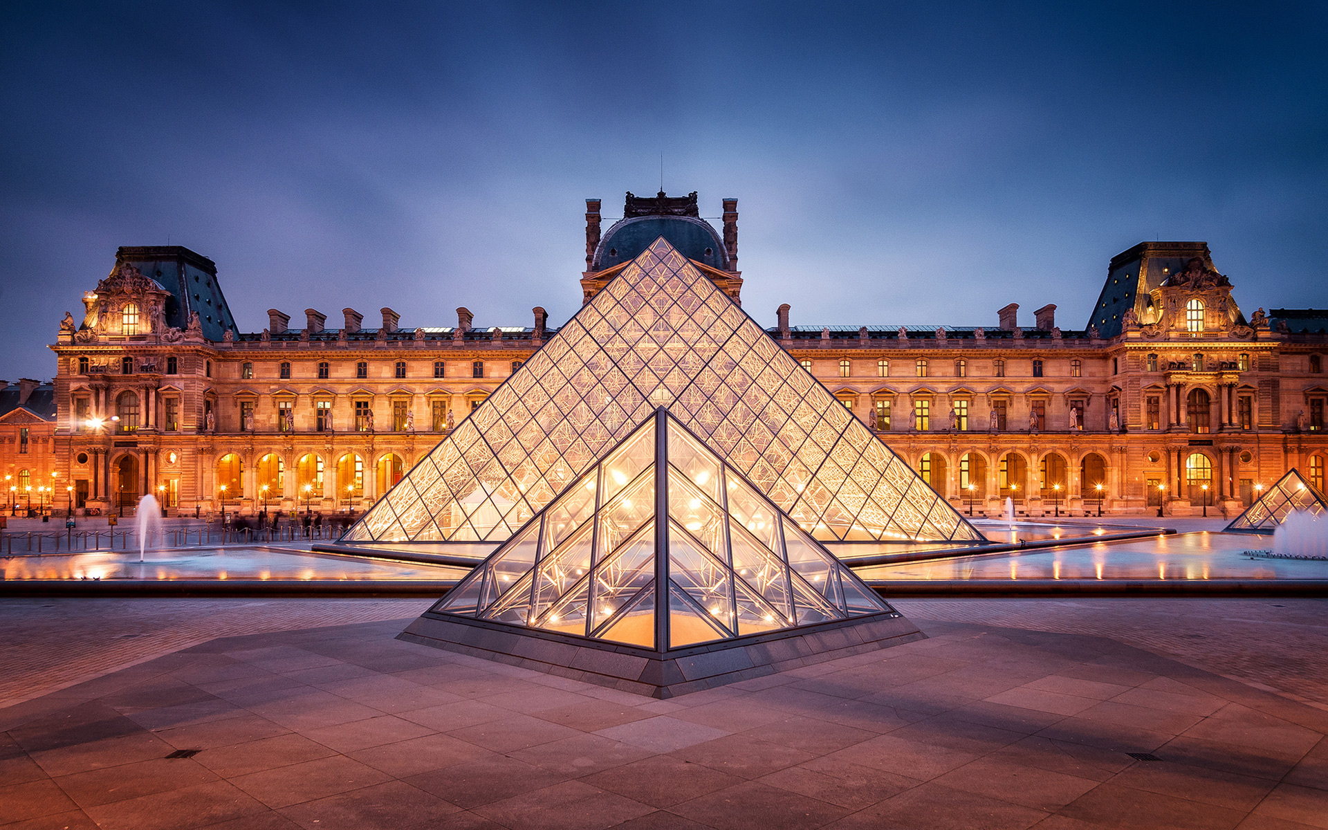 paris city guide top 10 things to do in the city