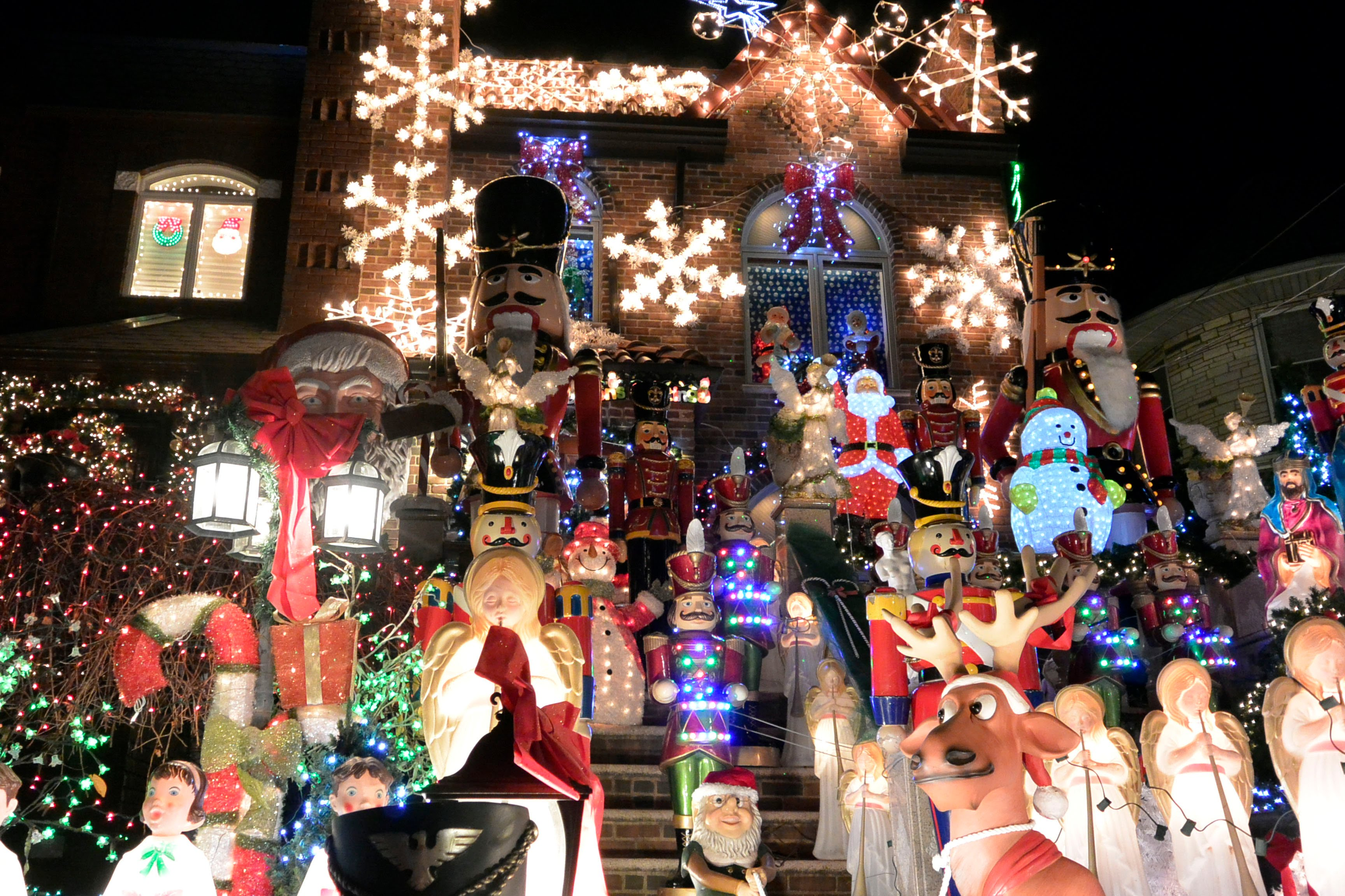 61 Days To Christmas Top 10 Places To Visit In New York City 10 days to christmas 61 Days To Christmas: Top 10 Places To Visit In New York City 🎄 61 Days To Christmas Top 10 Places To Visit In New York City 9