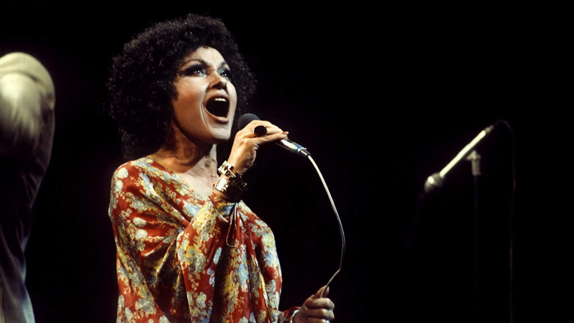 What's Hot On Pinterest Cleo Laine And It's Lighting Design 4 lighting design What's Hot On Pinterest: Cleo Laine And It's Lighting Design Whats Hot On Pinterest Cleo Laine And Its Lighting Design 4
