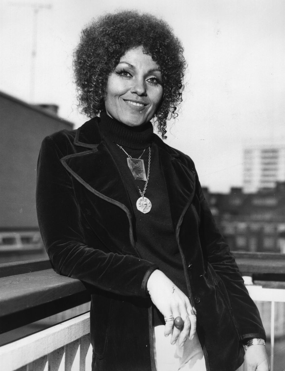 What's Hot On Pinterest Cleo Laine And It's Lighting Design lighting design What's Hot On Pinterest: Cleo Laine And It's Lighting Design Whats Hot On Pinterest Cleo Laine And Its Lighting Design
