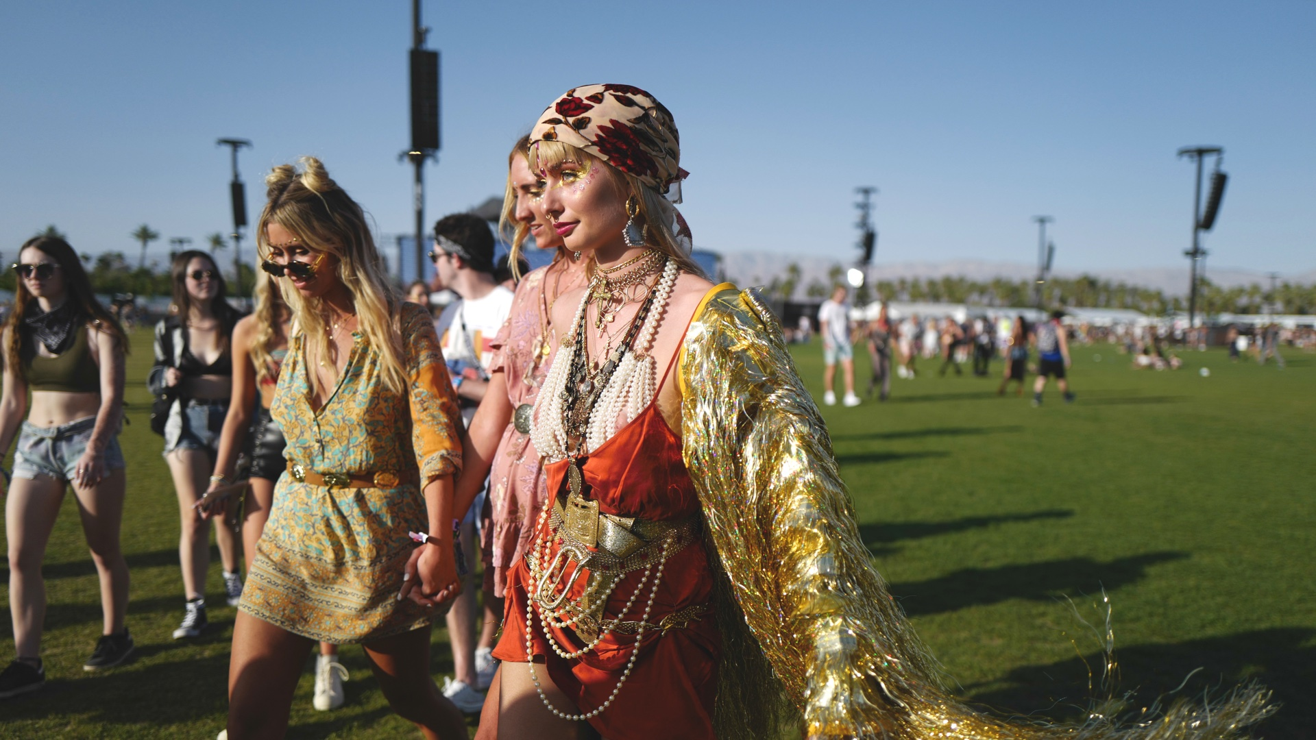 New Trends All About Coachella Festival And The Fashion Statement 2 new trends New Trends: All About Coachella Festival And The Fashion Statement New Trends All About Coachella Festival And The Fashion Statement 5