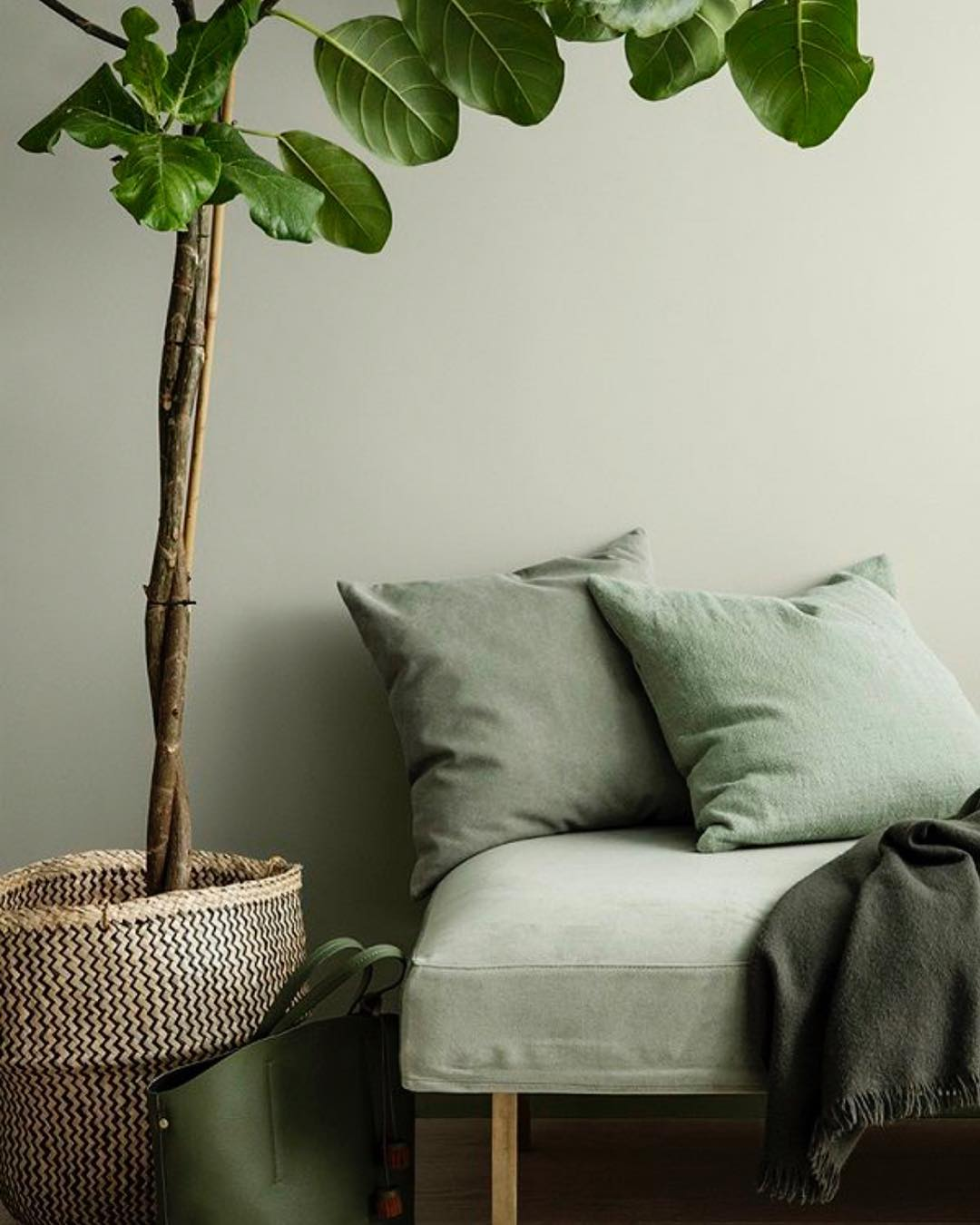We Challenge You To Style Green Decor Ideas For A Week 2 green decor ideas We Challenge You To Style Green Decor Ideas For A Week We Challenge You To Style Green Decor Ideas For A Week 2