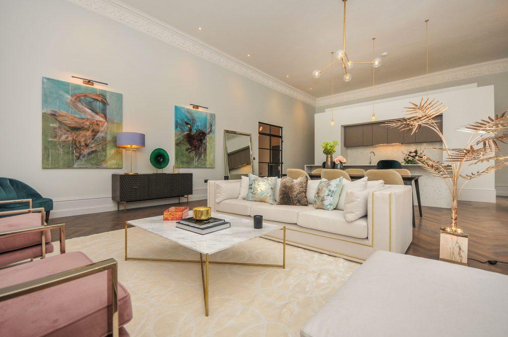 luxurious living room décor luxurious living room décor Lighting Pieces For Your Luxurious Living Room Décor! 2092098 l 1024x680
